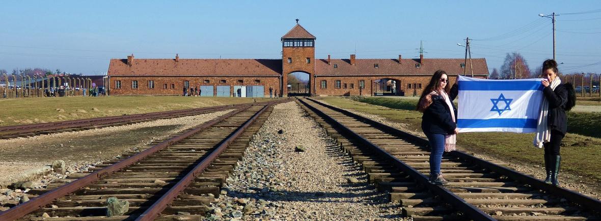 Auschwitz-Birkenau-nazis-polonia-holocaustro