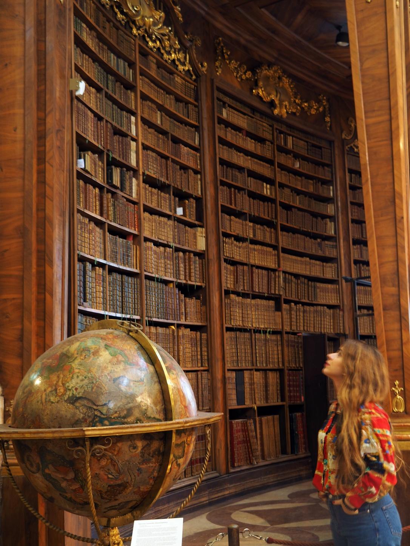 austria-vienna-travel-viajar-biblioteca